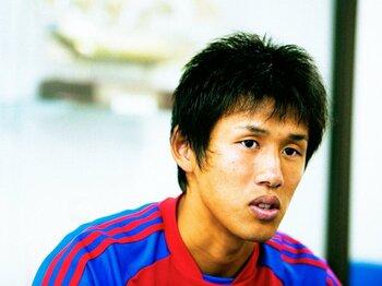 <特別インタビュー>2度の地獄を味わった21歳の若武者、FC東京・米本拓司の復活ロード。<Number Web> photograph by Toshiya Kondo