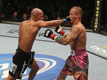 """呑みこまれた""""レジェンド""""の郷愁。UFCのリアルに屈した山本""""KID""""。<Number Web> photograph by Getty Images"""