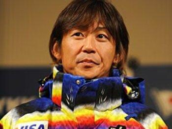 39歳にして五輪代表の座を掴んだ、ジャンプ岡部孝信の揺るぎなき信念。<Number Web> photograph by Atsushi Tomura/AFLO SPORT