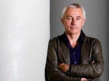 '08年7月よりオランダ代表を率いるファンマルバイク監督