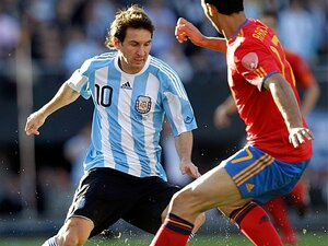 <マラドーナ後の世界> アルゼンチン 「加速するメッシ絶対主義」