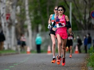 女子マラソン前田穂南の速さを支えるアシックスの技術。薄底シューズで、狙うは金メダル!