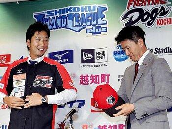 高知ファイティングドッグス入団会見での藤川球児投手。