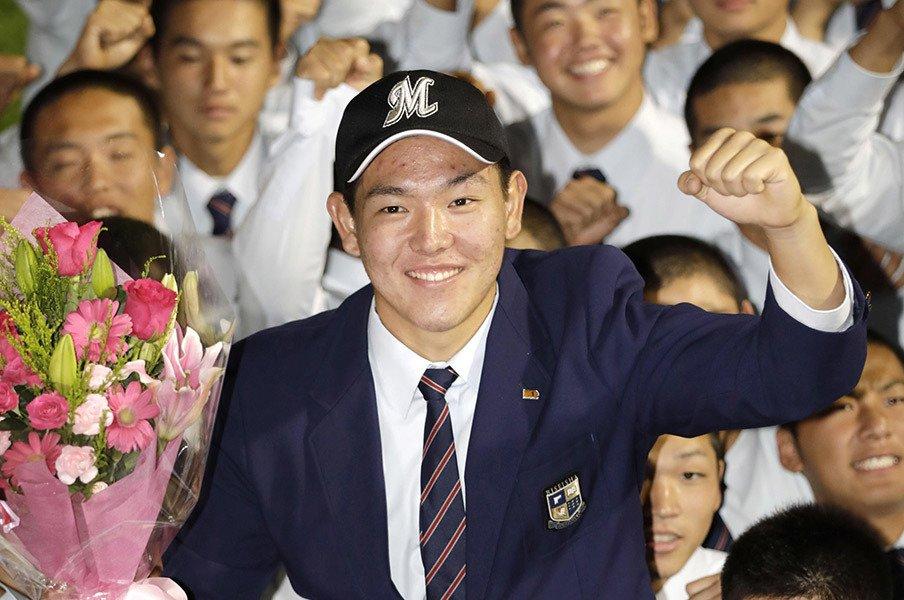 安田尚憲「考える力がないと……」歴史書や勉強で培った力と、野球。<Number Web> photograph by Kyodo News