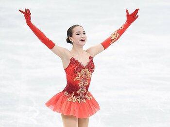 ロシアの15歳ザギトワ。~メドベデワが君臨するパワーバランスを壊すのか~<Number Web> photograph by Asami Enomoto