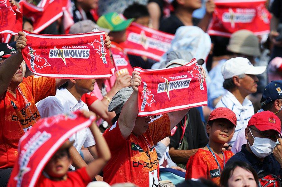 スーパーラグビー参戦は成功なのか。岩渕健輔が感じる明確な進歩と変化。<Number Web> photograph by AFLO