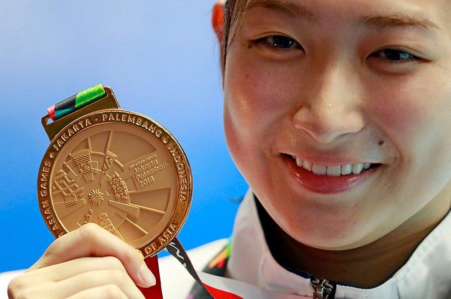 池江璃花子、アジア大会で新次元。疲労の中で勝ちきる感覚をモノに。<Number Web> photograph by AFLO