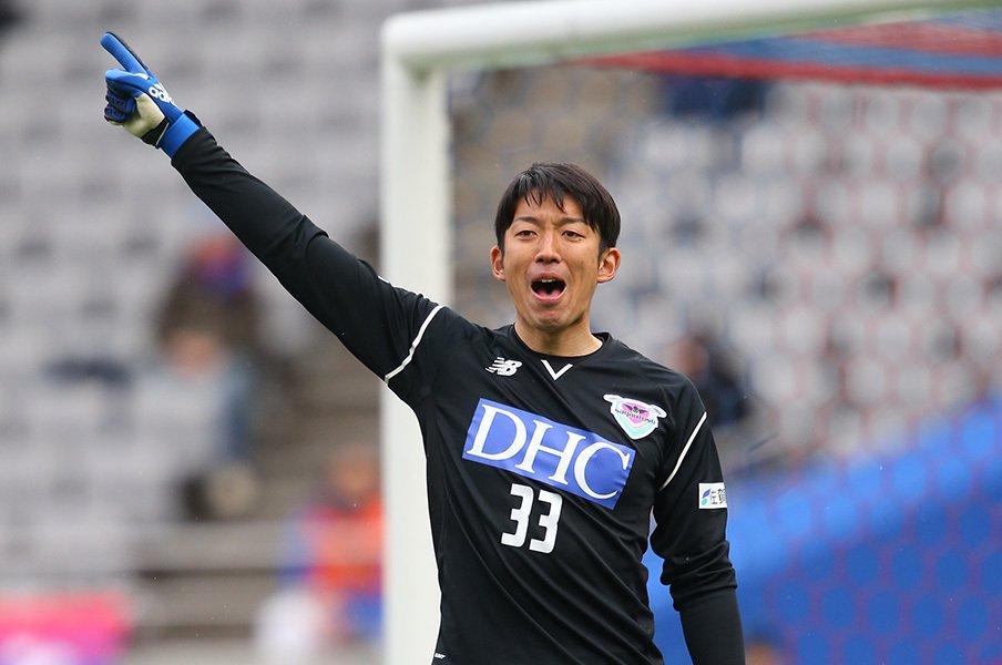 味の素スタジアムに、鳥栖の一員として立った権田修一。不器用が免罪符になるわけではないが、この男が悪い人間でないのもまた事実なのだ。