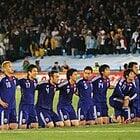 祈る日本代表選手たち