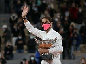 全仏のユルい感染症対策は「結果オーライ」? IOCバッハ会長に東京五輪の開催を尋ねると…