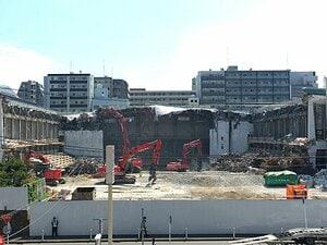 寂しすぎる…横浜文化体育館の解体工事の様子を元プロレス記者が追跡! 思い出した鼻をツンとつく匂いと和室のプレスルーム