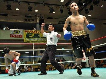 世界王座への登竜門、新人王戦に期待する。~ボクシング界の金の卵たち~<Number Web> photograph by BOXING BEAT