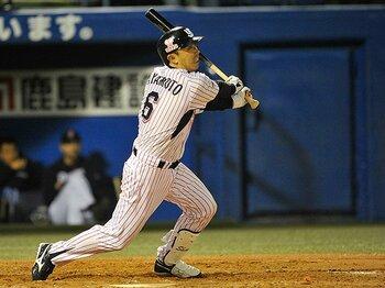 「僕は野球を楽しむなんてできない」規律の男、宮本慎也が球界に残す物。<Number Web> photograph by Nanae Suzuki