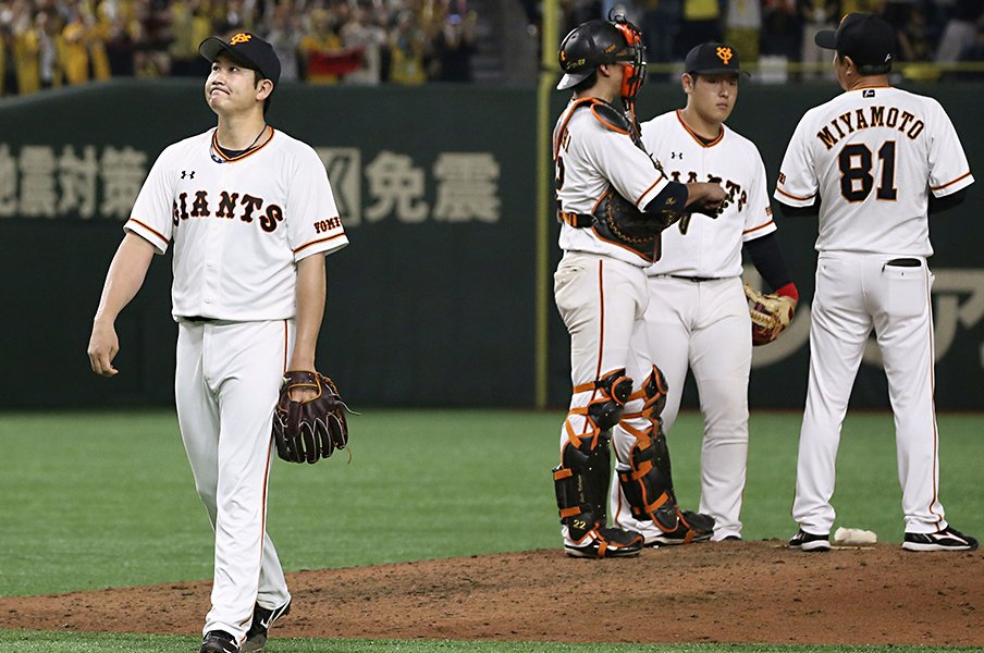 球史に残る「2018年の菅野智之」。球界のエースの万全な復帰を祈る。<Number Web> photograph by Kyodo News