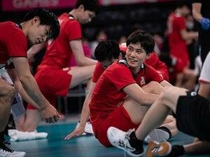 《29年ぶり五輪8強》男子バレー超新星・高橋藍(19)は石川祐希と何が違う? 恩師も成長に驚き「あれはえぐい」