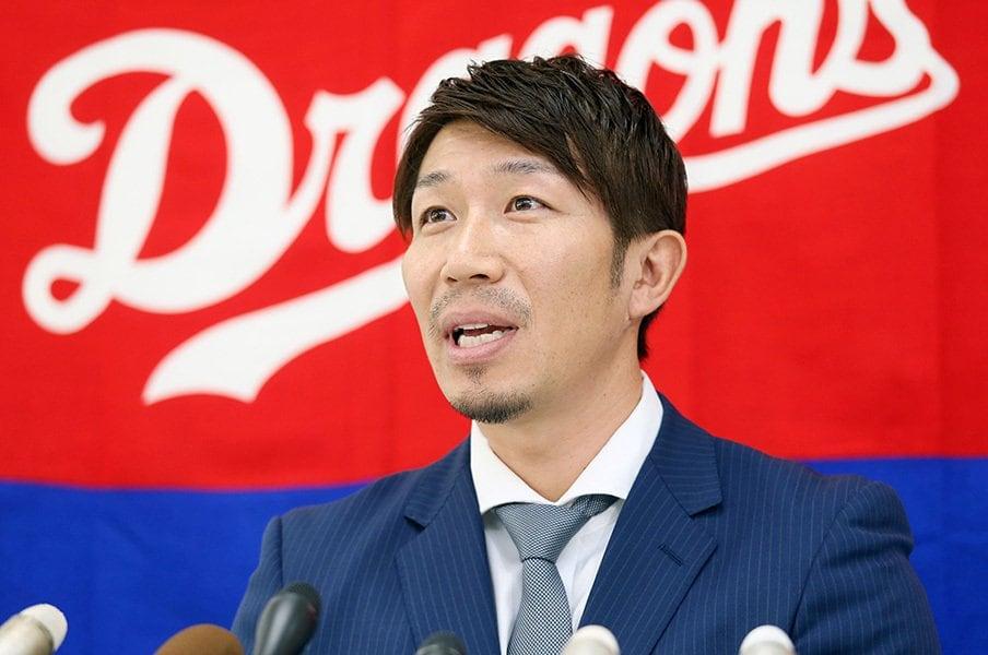 トライアウトには参加せず、オファーを待った多村仁志。育成契約が球団と本人双方にとって幸せな結果につながることを期待したい。