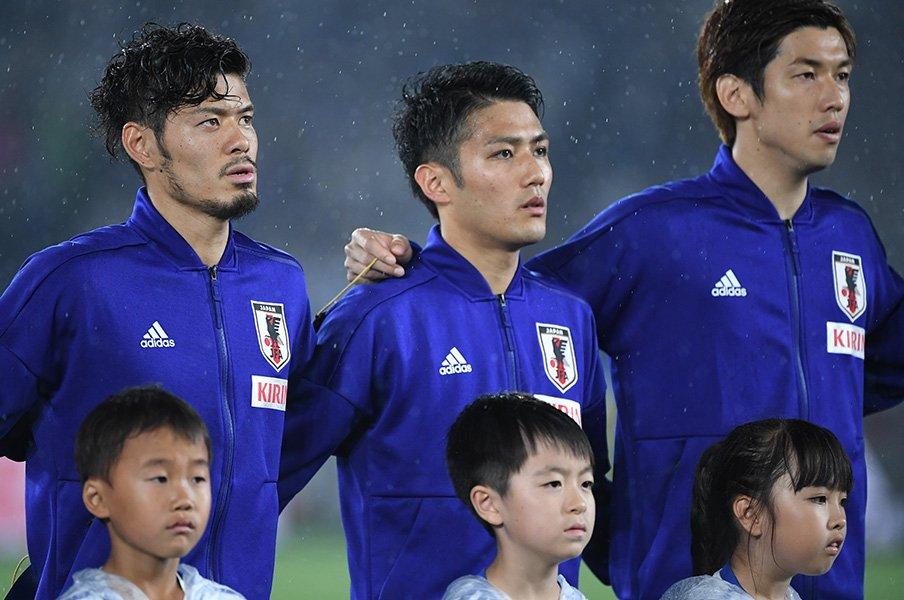 3バックはオプション、ボランチは?福西崇史が強く推すのは大島僚太。<Number Web> photograph by Asami Enomoto