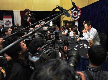 一日中つぶやき続けるアメリカの野球記者たち。~スクープはツイッターで!?~<Number Web> photograph by Yukihito Taguchi