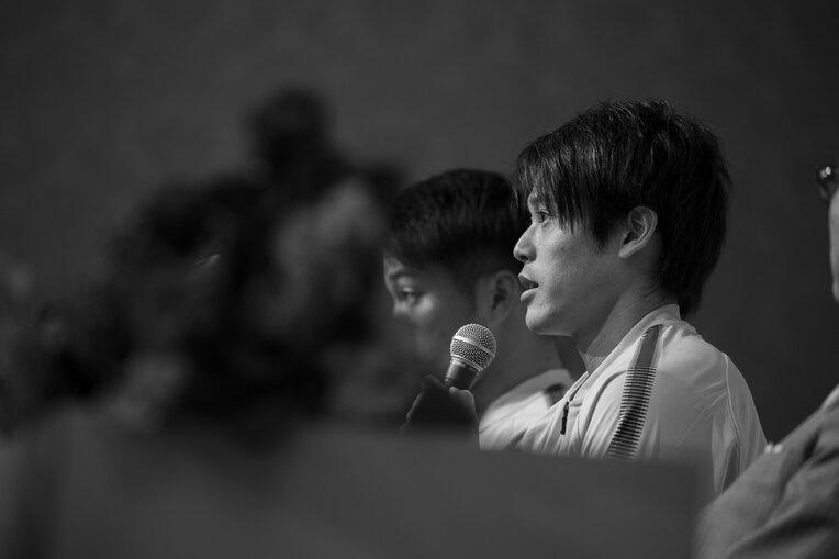 鹿島アントラーズへの復帰を発表した記者会見にて ©shiro Miyake / photograph by