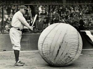 賭博問題に疫病、ベーブ・ルース。100年前と現代MLBの奇妙な相似。