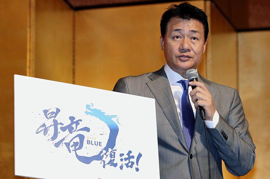 中日復活の鍵はリリーフの整備。最大の新戦力は与田監督ら首脳陣か。<Number Web> photograph by Kyodo News