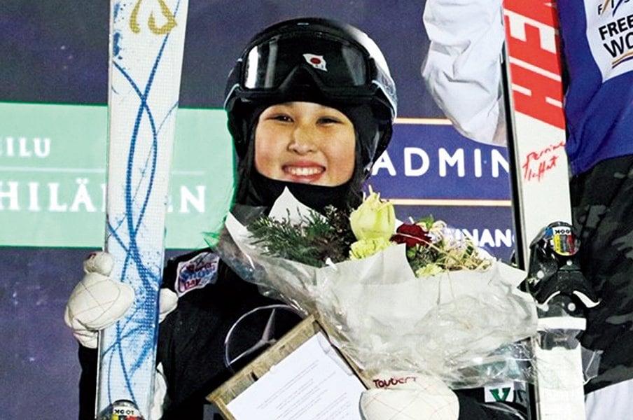 上村愛子を超えるモーグルの新星、川村あんりが見せた衝撃デビュー。<Number Web> photograph by Ski Association of Japan
