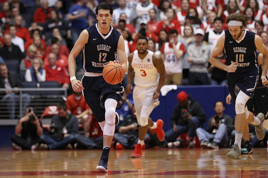 大学最後のシーズンを終えた渡邊雄太。夢のNBA入りを目指しチャレンジは続く。<Number Web> photograph by Getty Images