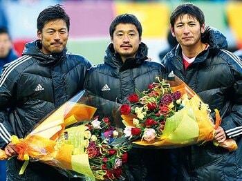 柳沢、中田が引退後に古巣を選んだ意義とは。~選手第一の鹿島が育む帰属意識~<Number Web> photograph by AFLO