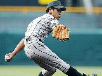 足がつっても投げる投手を考える。甲子園では「降板する勇気」も必要。<Number Web> photograph by Kyodo News