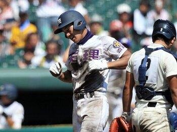 プロか、大学か、社会人か……。ドラフト当落線上、高卒選手の野球道。<Number Web> photograph by Hideki Sugiyama