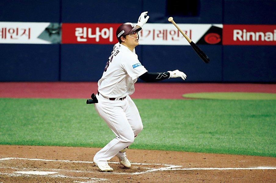 ファンの想いとは裏腹に、危惧されるワースト・シナリオ。~MLBのシーズンが無くなる?~<Number Web> photograph by Getty Images