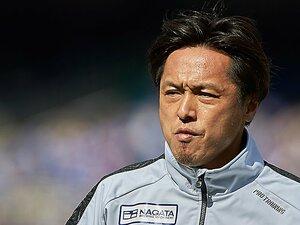 """遠藤保仁、ジュビロ移籍は存在価値を示す挑戦 """"俺が俺が""""ではなくサッカーに「思考」を"""