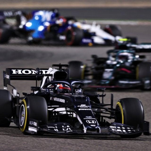 日本GPは鈴鹿で開催できるのか? 角田裕毅がデビュー戦入賞したバーレーンGPに学ぶ、ニューノーマルなレース運営とは
