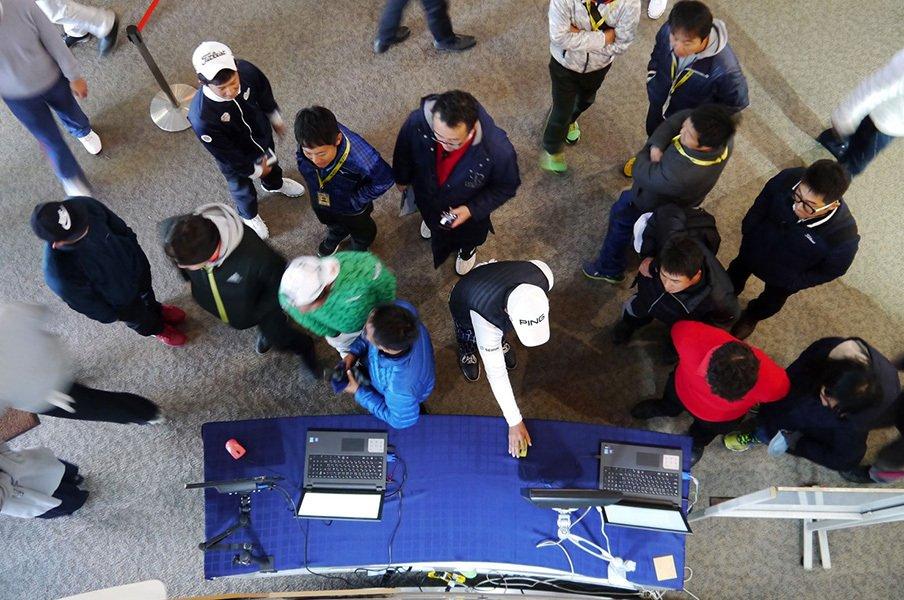 獲得賞金ゼロの元天才ゴルフ少年も。QTという過酷な生存競争に密着。<Number Web> photograph by Yoichi Katsuragawa