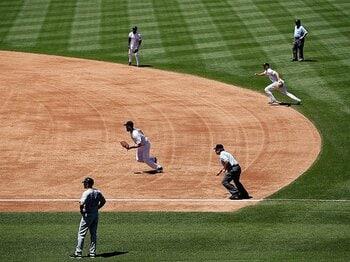 大谷シフトに、1回限定の先発投手。メジャーは野球の常識を常に疑う。<Number Web> photograph by Getty Images