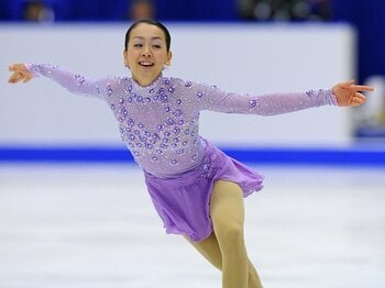 NHK杯の日本人選手たちを徹底検証。浅田真央がガラっと変わって成長中!<Number Web> photograph by Getty Images
