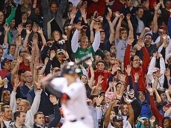 MLBが目指すボールパーク化戦略。サービスの品質を決めるものは何か。<Number Web> photograph by Getty Images