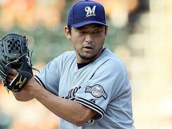 メジャーで6番目に高齢の斎藤隆が、一流の成績で戦い続けられる理由。<Number Web> photograph by Getty Images