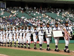 """強豪校の前に散った加古川北と桜井。公立校が見せた高校野球の""""美しさ""""。"""
