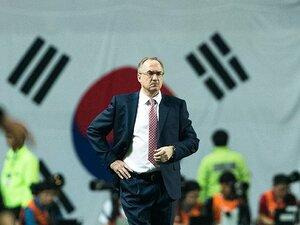 韓国も日本も外国人監督で大混乱!?ロシアW杯最終予選、両国を徹底比較。