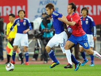 3度目のW杯出場に懸ける稲本潤一。セルビア戦を冷静に振りかえると……。<Number Web> photograph by Toshiya Kondo