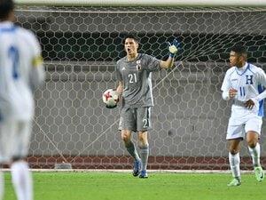 U-20のGK山口瑠伊って、誰?日仏での文武両道サッカー人生。