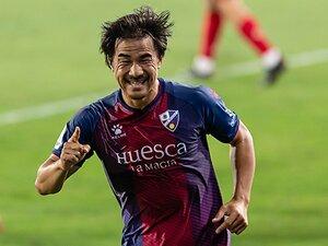 岡崎慎司が語るゴールと献身の価値。来年はスペイン1部、次はイタリア?