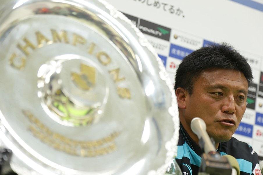 4度目J1復帰、湘南の志はより高く。「らしいサッカーだけでなく……」<Number Web> photograph by J.LEAGUE PHOTOS