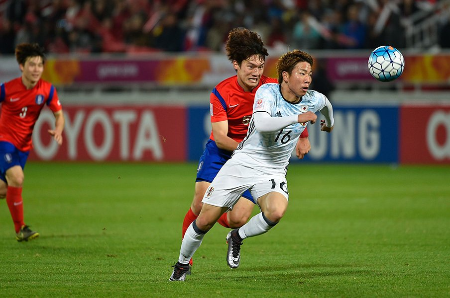 浅野拓磨のスピードと得点感覚というスペシャリティは、日本人屈指。五輪本大会での起用方法にも注目が集まる。