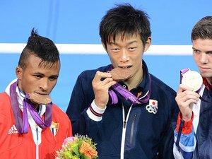 """""""アマのプロ""""日本人第1号、清水聡のリオ五輪への挑戦。~「村田を超える」メダルを狙え~"""