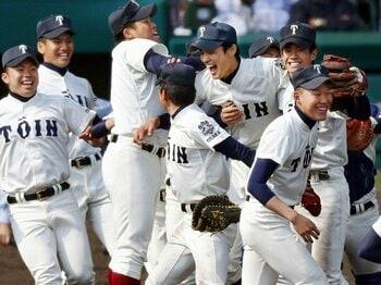 第84回センバツを完全総括!大阪桐蔭、優勝への階段。~小関版ベストナインも発表!~<Number Web> photograph by Kyodo News
