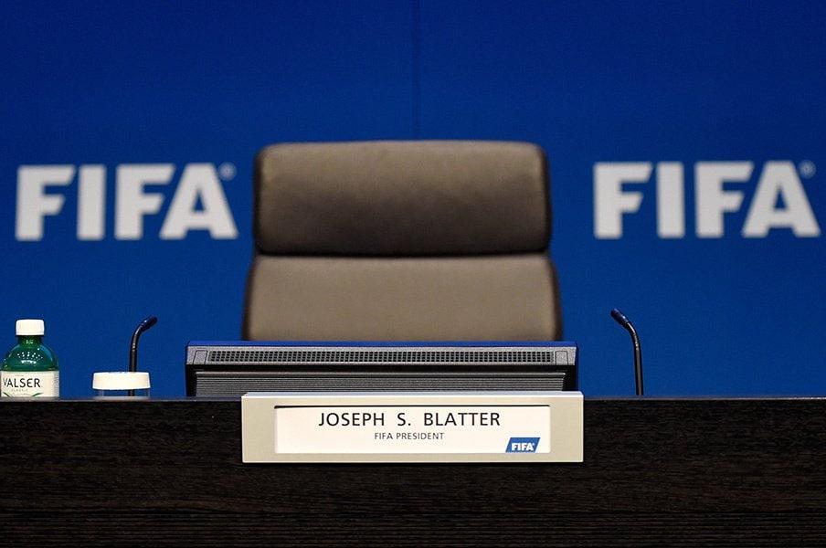 空位となっているFIFA会長の席。現在は、アフリカサッカー連盟の会長でFIFA副会長でもあるイッサ・ハヤトゥが代理を務めている。