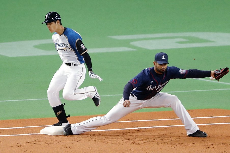 非常に厄介な「肉離れ」というケガ。大谷翔平は本当に6週間で復帰できる?<Number Web> photograph by Kyodo News