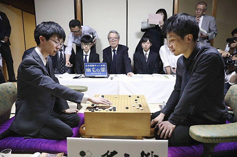 メンタルも「作法」も独特すぎる。10代囲碁名人・芝野虎丸の流儀。<Number Web> photograph by KYODO